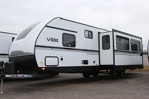 2020 FOREST RIVER VIBE 28BH TRAVEL TRAILER