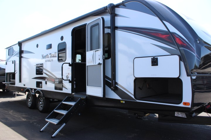2019 Heartland North Trail Travel Trailer 31QUBH