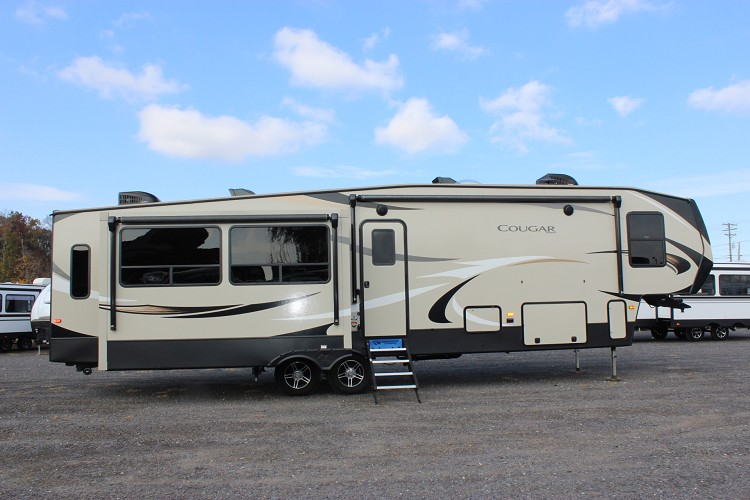 2019 KEYSTONE COUGAR 361RLW FIFTH WHEEL